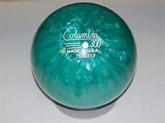 columbia 300 white dot, bowling ball, plastic bowling ball, plastic bowling ball to spare the 10 Pin in Bowling, ten pin bowling tips, The Bowling 10 pin, convert the 10 pin in bowling